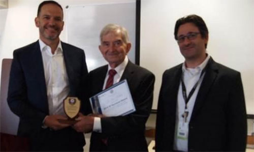 Professor Peter Friedland honoured with award